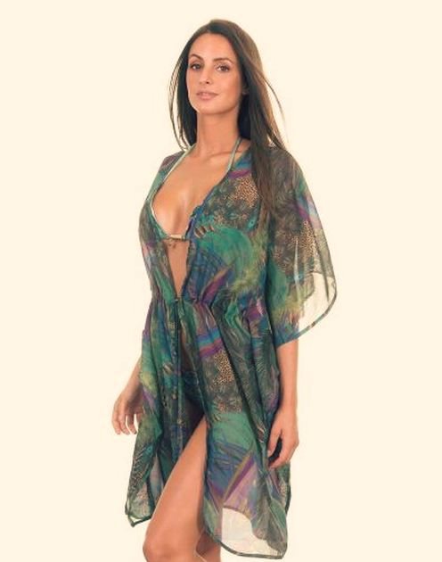 La robe de plage ou le paréo ?